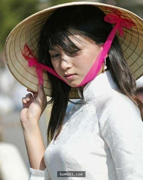 為什麼「越南新娘」特別受到臺灣男生的歡迎?看到她們身穿「越式旗袍」大家都買好機票了!