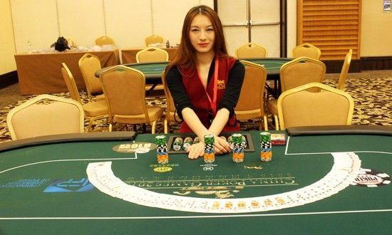 徵女性主持德州撲克牌活動-月薪80000起跳。請洽詢