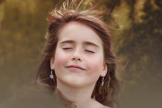 隻有懂得舍棄,勇于爲生活付出,才能觸動生活,感動生活,收獲生活的回報 …